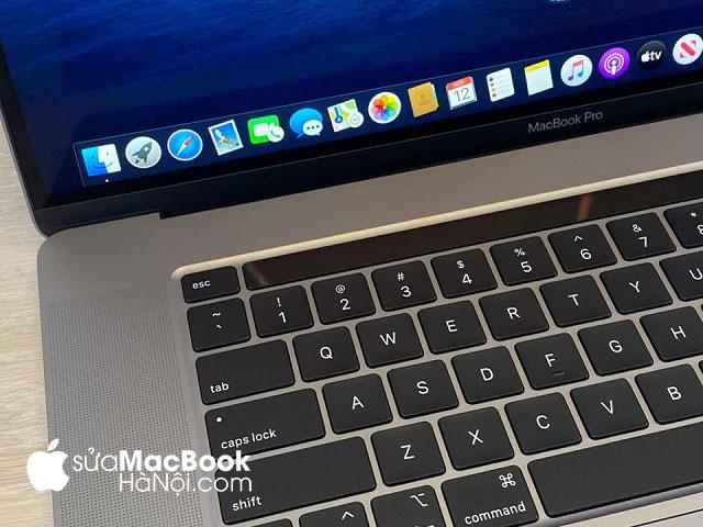Macbook sạc không vào điện